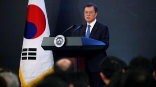 Presidente sul-coreano Moon Jae-In durante sua conferência em Seul.