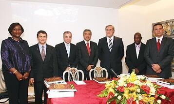 Representantes de Angola, Brasil e Portugal na tomada de posse dos orgãoes sociais da CIMLOP