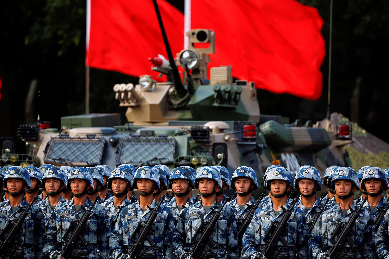 Ảnh minh họa : Quân đội Trung Quốc diễu binh tại Hồng Kông. Ảnh 30/06/2017.