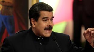 Shugaban kasar Venezuela Nicolas Maduro yayin gabatar da jawabi a babban birnin kasar Caracas.