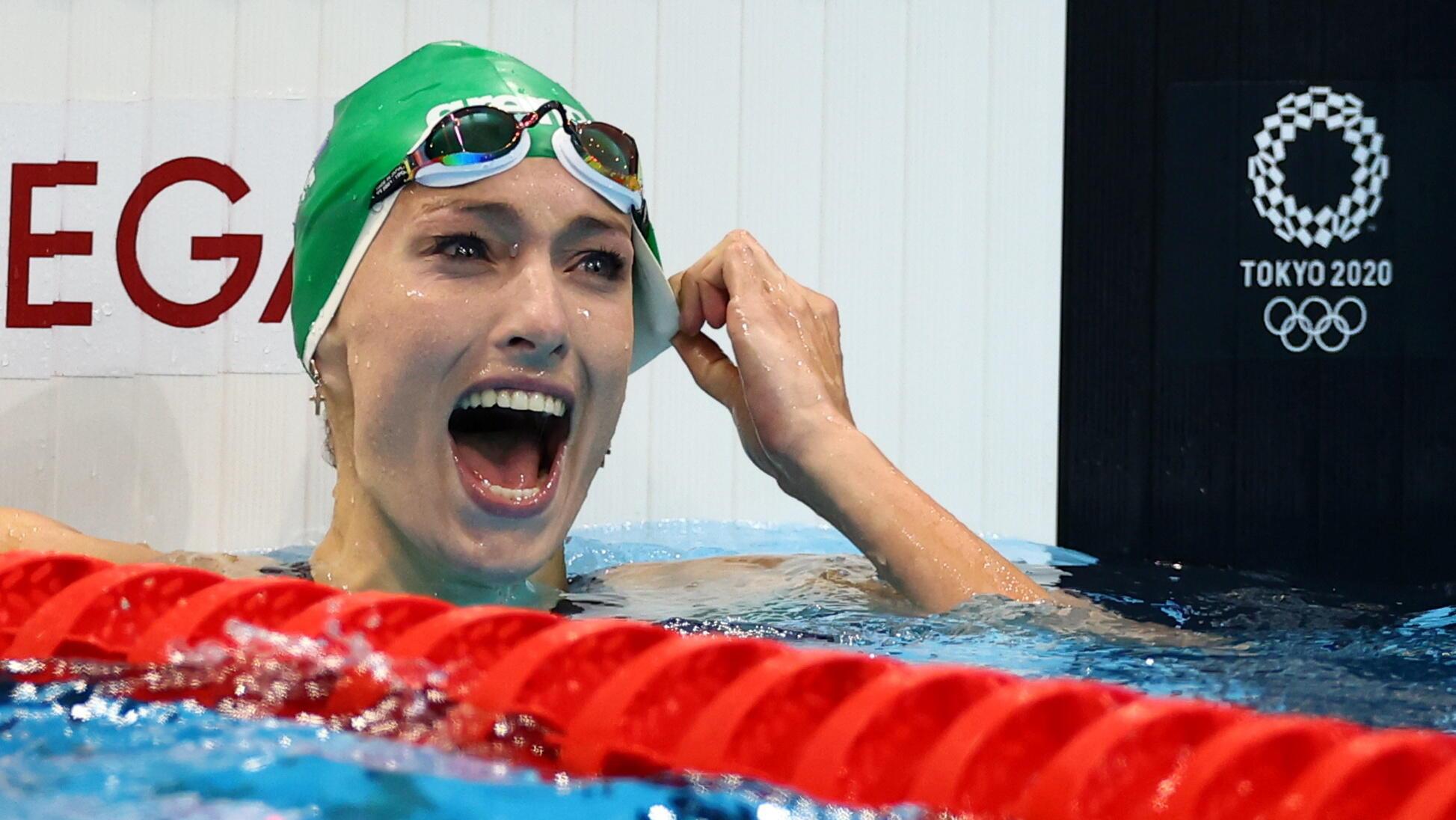 La nageuse sud-africaine Tatjana Schoenmaker après avoir battu le record olympique du 200 mètres brasse aux Jeux olympiques de Tokyo, le 28 juillet.