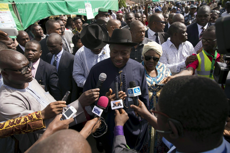 Президент Нигерии Гудлак Джонатан после голосования на президентских выборах, 28 марта 2015 г.