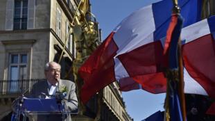Jean-Marie Le Pen, le 1er mai 2016 à Paris pour sa fête de Jeanne d'Arc.
