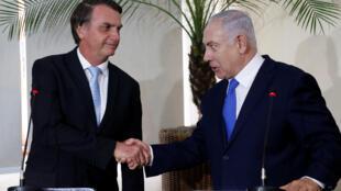 O presidente Bolsonaro falou em trocar experiência com Israel para importar técnicas de dessalinização da água do mar, irritando técnicos que aqui já desenvolveram trabalho semelhante.