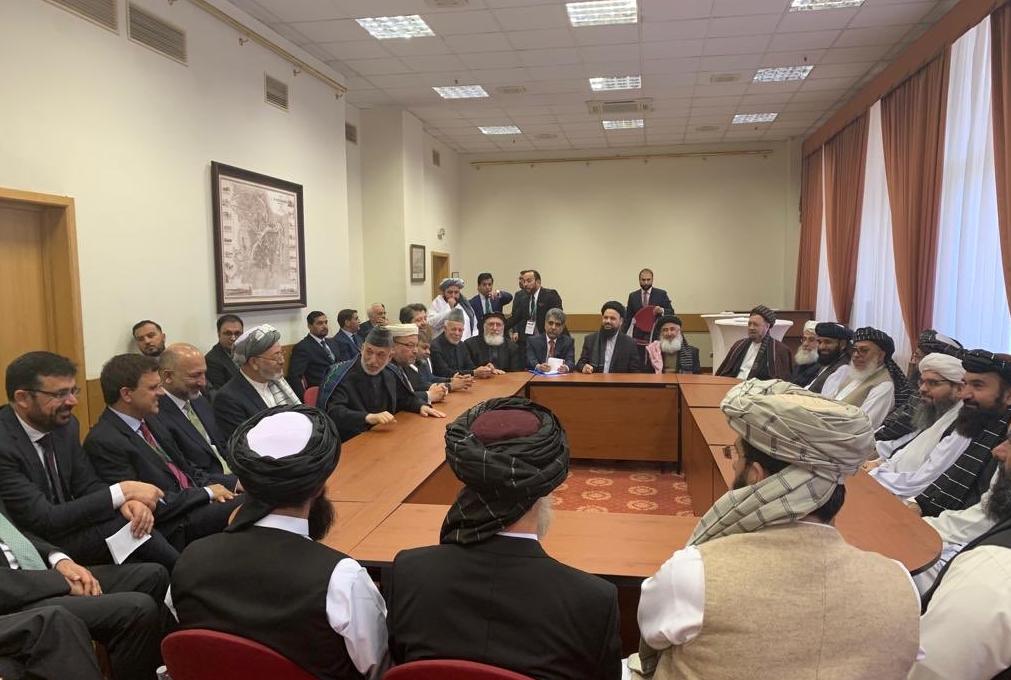 نشست مسکو، امروز سهشنبه ۷ جوزا/ ۲۸ مه میان نمایندگان طالبان و چهرههای مطرح سیاسی افغانستان در مسکو آغاز شد.