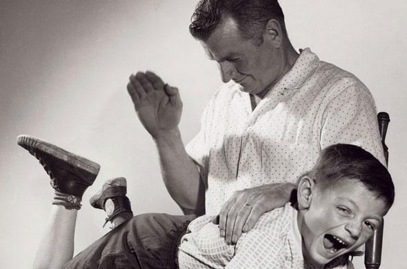 A maioria dos franceses alega ter sido punido com tapas no rosto ou palmadas dos pais.