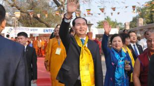 Chủ tịch Việt Nam Trần Đại Quang và phu nhân tới thăm chùa Mahabodhi tại Bodhgaya Ấn Độ , ngày 02/03/2018 trước khi bắt đầu chuyến thăm chính thức Ấn Độ.