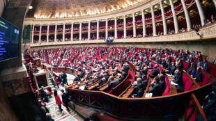 Toàn cảnh một phiên họp tại Quốc Hội Pháp, Paris ngày 10/05/2016.