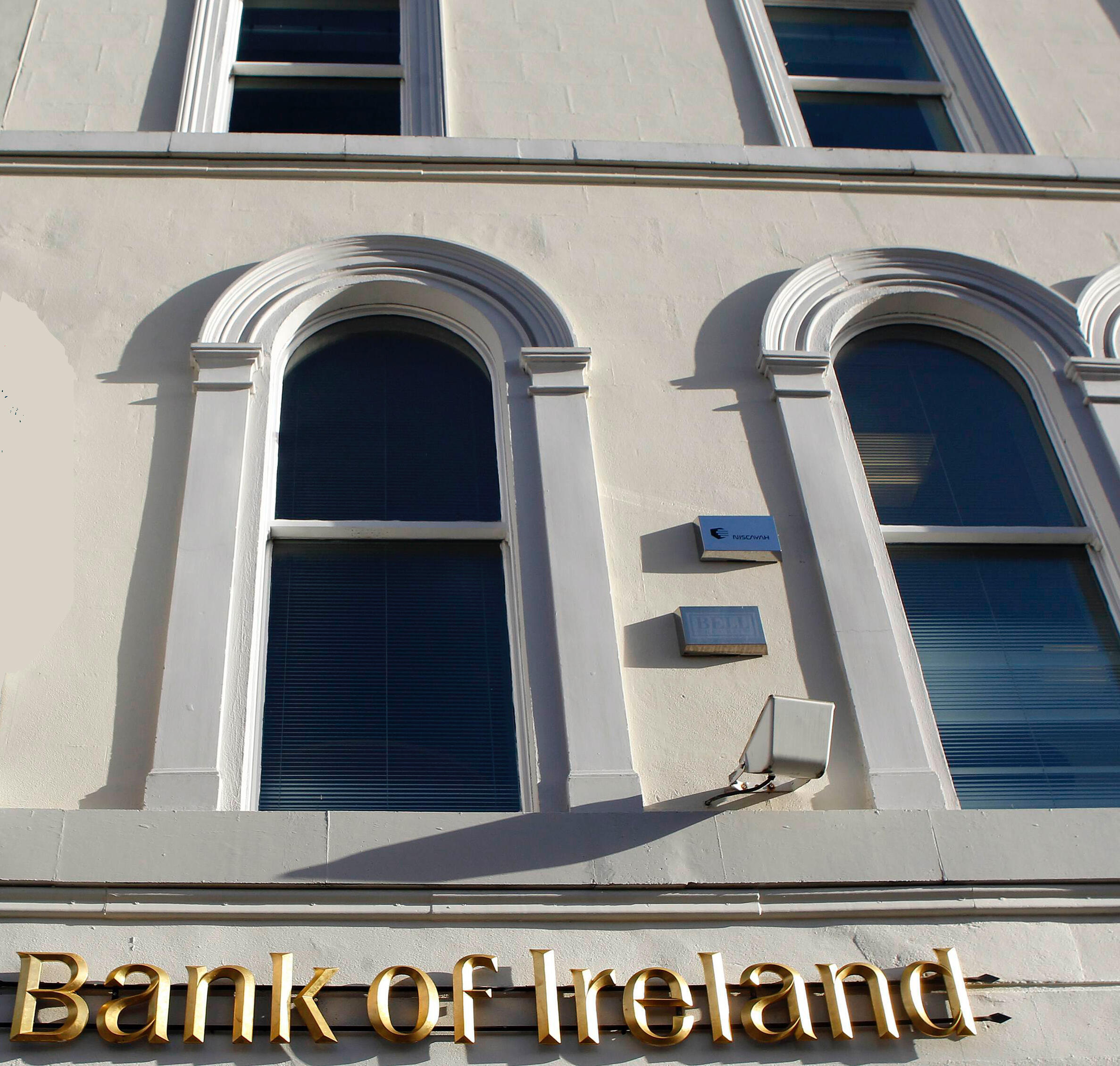 Crise financeira na Irlanda: mais da metade dos grandes investidores mundiais consideram que a Irlanda não vai conseguir pagar suas dívidas.