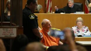 Joseph James DeAngelo en la audiencia acusatoria, el 27 de abril de 2018, en Sacramento, California