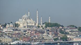 La mer de Marmara fait les frais des différentes pollutions régionales.