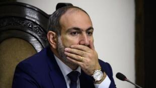 Никол Пашинян рассказал, что не испытывал симптомов заражения, а тест сделал, чтобы подстраховаться.