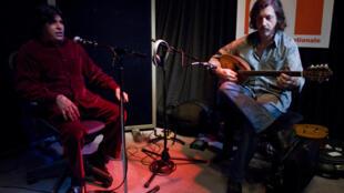 Faiz Ali Faiz et Titi Robin au studio 136