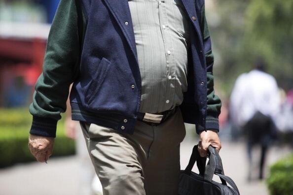 Maus hábitos alimentares contribuem para aumento de peso da população brasileiro