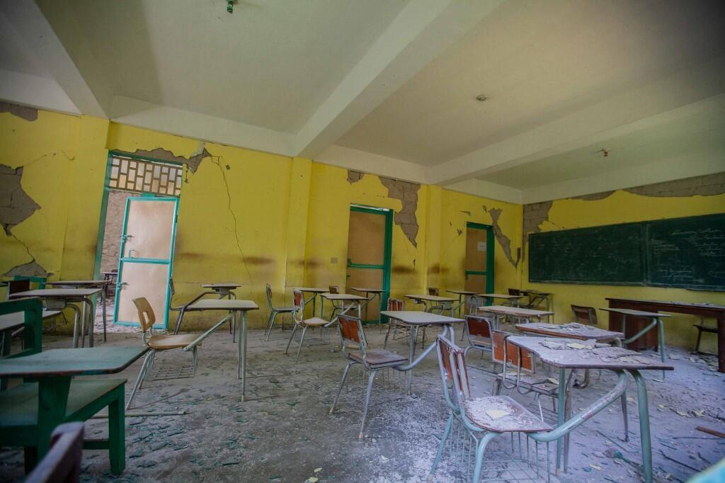 école classe haiti seisme camp perrin