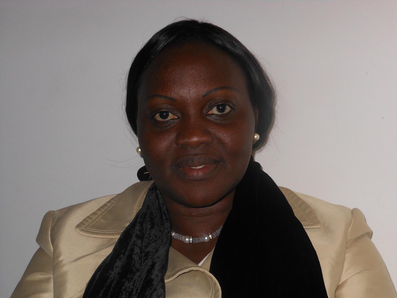 Cadi Seidi, a ministra guineense da Defesa