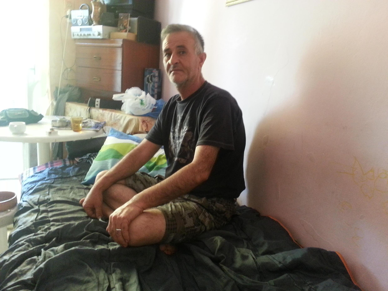 Saïd Helal, ancien fonctionnaire syrien, habite désormais Athènes.