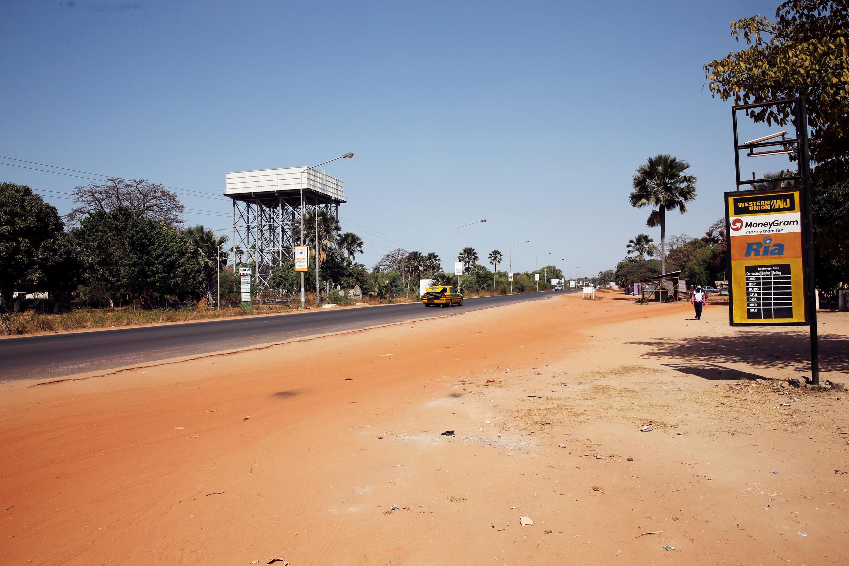 Les rues de Banjul sont particulièrement calmes ce vendredi 20 janvier.