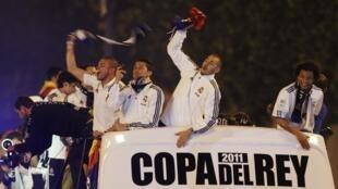 Real Madrid bate o Barcelona e comemora Copa do Rei