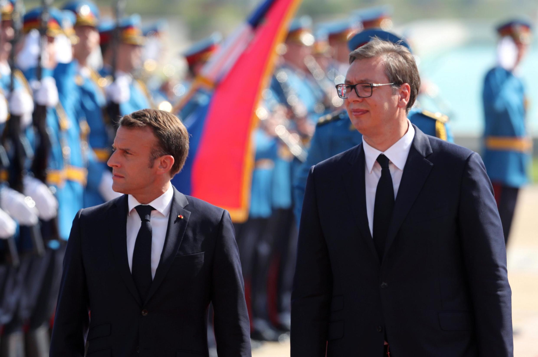 Президенты Эмманюэль Макрон и Александр Вучич в Белграде 15 июля 2019