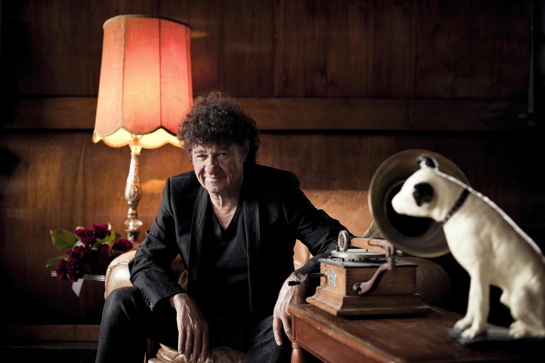 Le chanteur québécois Robert Charlebois fête ses 50 ans de carrière.