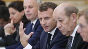 Le président français Emmanuel Macron en conseil des ministres, le 17 octobre 2018.
