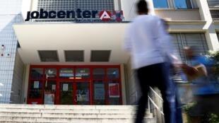 Seule bonne nouvelle annoncée ce jeudi: le nombre de chômeurs a cessé d'augmenter en Allemagne.