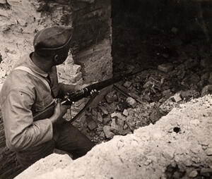 Un tirailleur africain en Algérie.