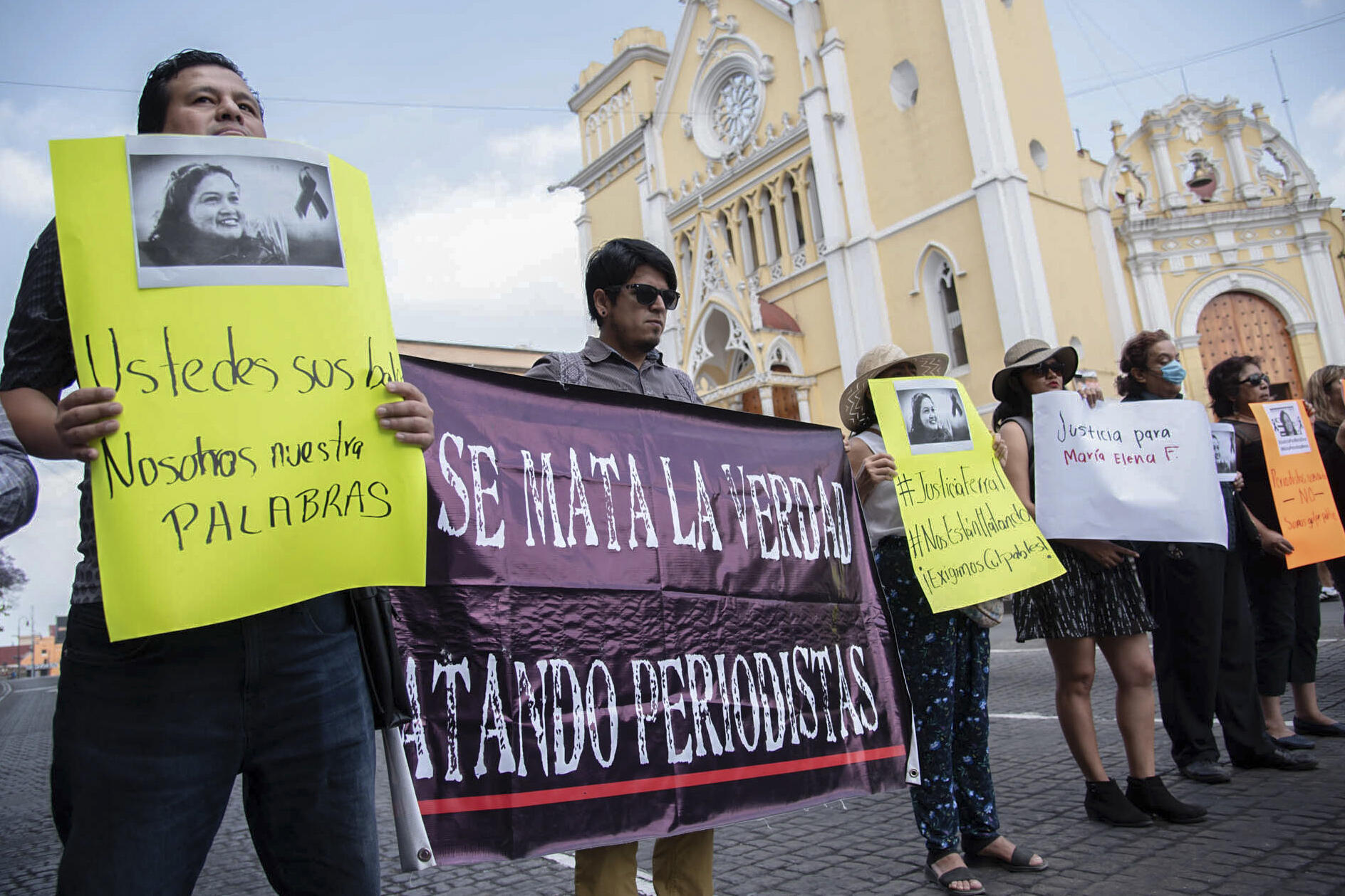 Des journalistes manifestent le 1er avril 2020 à Xalapa, dans l'Etat de Veracruz contre les assassinats de leurs collègues. (photo d'illustration)