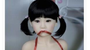 Amazon vai tirar de venda bonecas sexuais com cara de criança na plataforma francesa