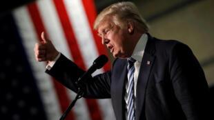 Ứng viên tổng thống đảng Cộng hòa Donald Trump phát biểu trong đợt vận động tranh cử tại Charlotte, bang North Carolina, Hoa Kỳ, ngày 14/10/2016.