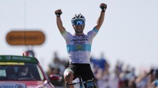 Alexey Lutsenko remporte la sixième étape