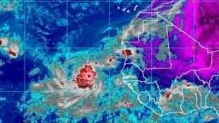 Imagem satélite da tempestade tropical Humberto