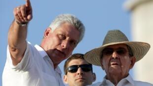 古巴領導人米格爾·迪亞斯-卡內爾與勞爾·卡斯特羅資料圖片