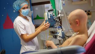 El 80 % de los niños con cáncer logran salir adelante gracias a los avances recientes en oncología pediátrica.