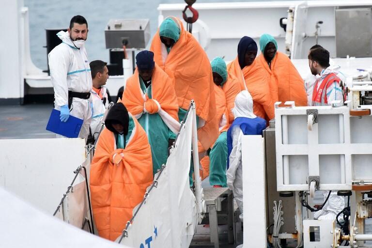 Operação de salvamento na costa italiana. 8 de Janeiro de 2018.
