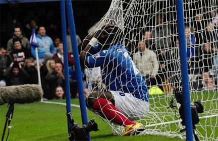 Aruna Dindane a retrouvé le chemin des filets: un triplé contre Wigan.
