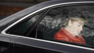 Angela Merkel à saída da reunião com o Presidente da República, depois de lhe ter anunciado o fracasso das negociações. 20 de Novembro 2017.