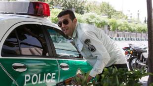 Les deux attaques revendiquées par l'EI à Téhéran ont fait douze morts, selon des sources hospitalières.