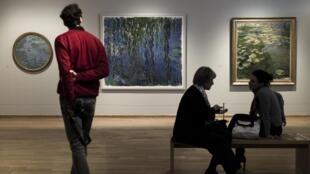 Tableaux de Claude Monet au Musée des Impressionnismes à Giverny, le 29 mars 2018.
