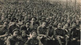 Une photo de l'exposition «La guerre qui mit fin à la paix» où soldats français et étrangers ont combattu pour la France.