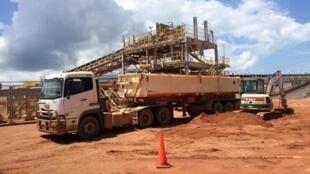 Un camion chargé de bauxite sur un site de Rio Tinto, à Cape York, à l'extrémité nord-est de l'Australie, le 7 mars 2019 (photo d'illustration).