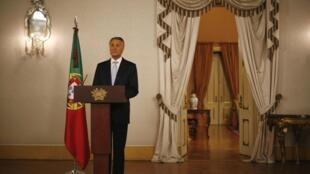 O presidente Cavaco Silva pede que os portugueses valorizem a imagem do país.
