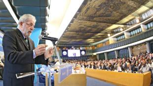 Lula da Silva discursa na abertura da 39ª Conferência da FAO, em Roma, em 6 de junho de 2015.