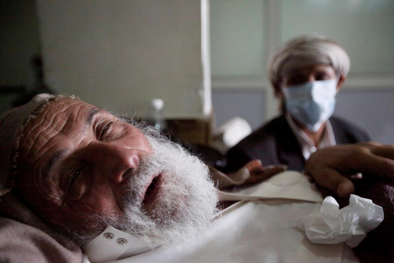 Un homme atteint du choléra hospitalisé à Sanaa, la capitale du Yémen.