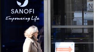 Le siège du géant pharmaceutique français Sanofi à Paris, le 27 mars 2020.
