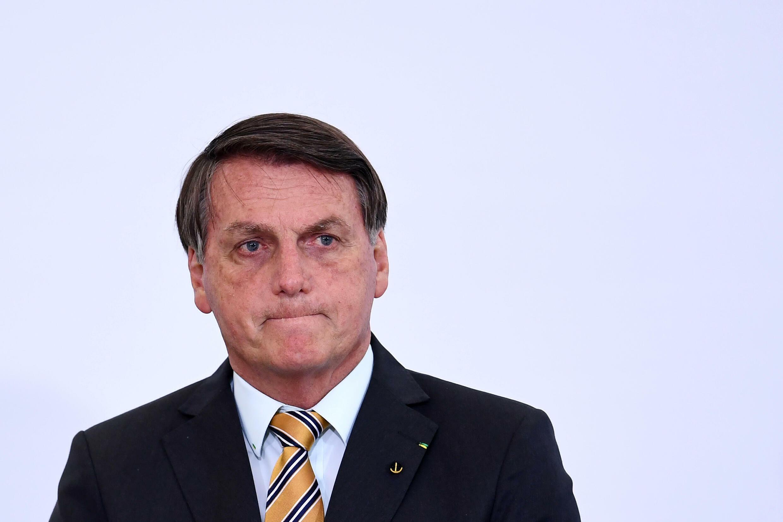 Partidos de izquierda, sindicatos, grupos sociales y algunos exaliados de Bolsonaro pidieron su destitución en base a denuncias que incluyen coartar derechos, incumplir fallos judiciales y alentar aglomeraciones