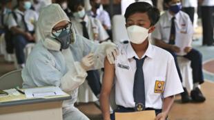 indonesie-vaccinatoin-sinovac