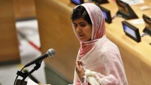 Malala Yousafzai dando un discurso en la ONU en julio de 2013.