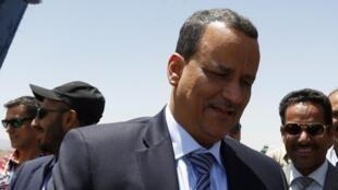 Mjumbe mpya wa Umoja wa Mataifa, Ismail Ouled Sheikh Ahmed, amewasili Sanaa ili kujaribu kuanzisha mazungumzo kati ya waasi na viongozi wa Yemen.